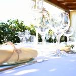 noleggio-tovaglie-stoviglie-piatti-bicchieri-catering-cerimonie-pma-2
