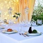 noleggio-tovaglie-stoviglie-piatti-bicchieri-catering-cerimonie-pma-14